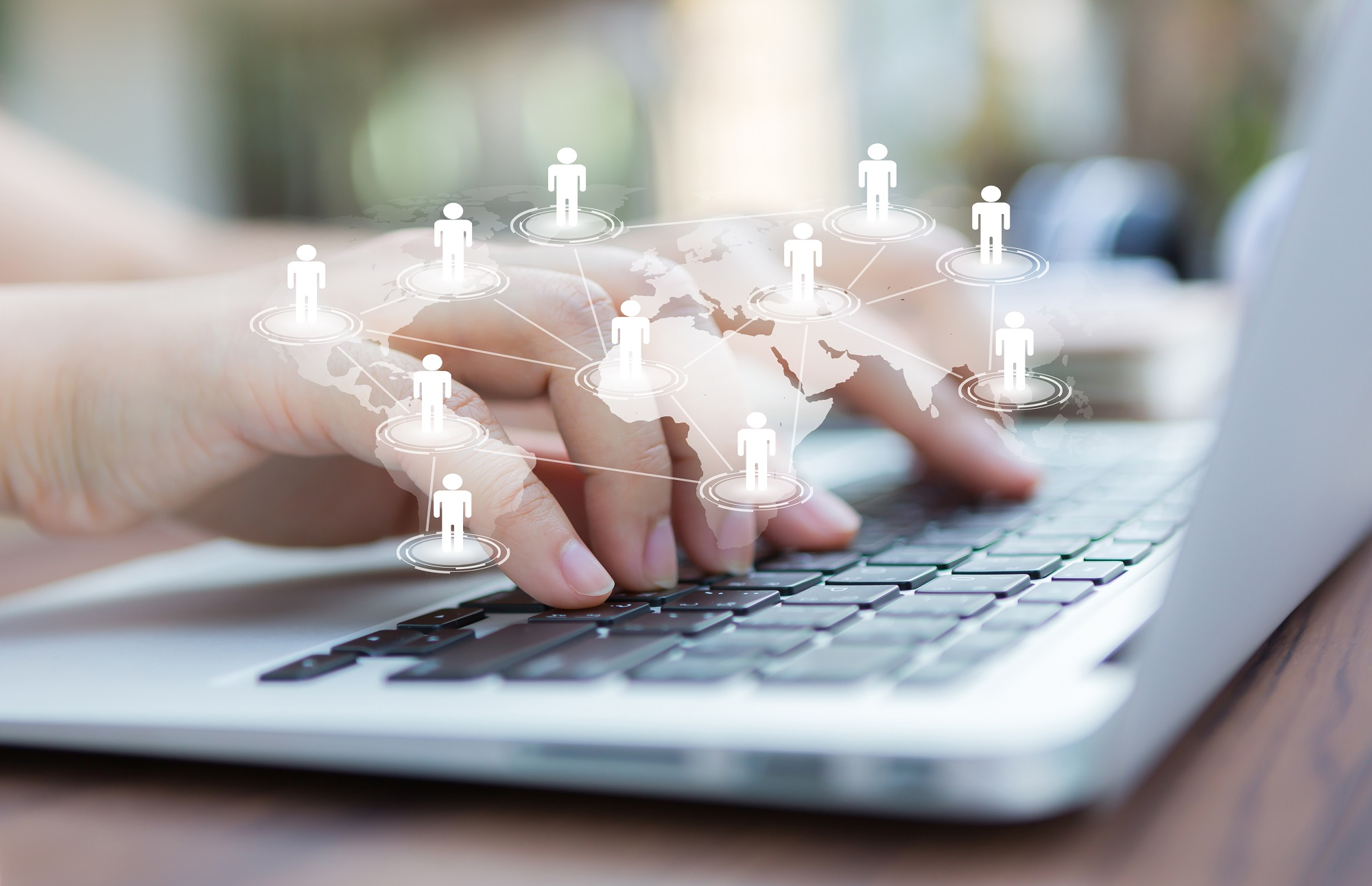 <b>11 beneficios </b> <br>de la transformación digital para las empresas