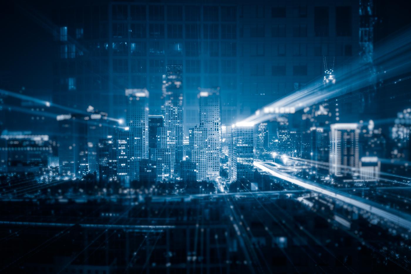 El futuro de las <br><b>ciudades inteligentes</b> <br>depende de la ciberseguridad.